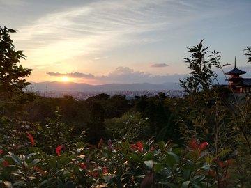 Kyoto Adventures – Kiyomizu sunset